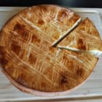 Galette des rois on a wooden board