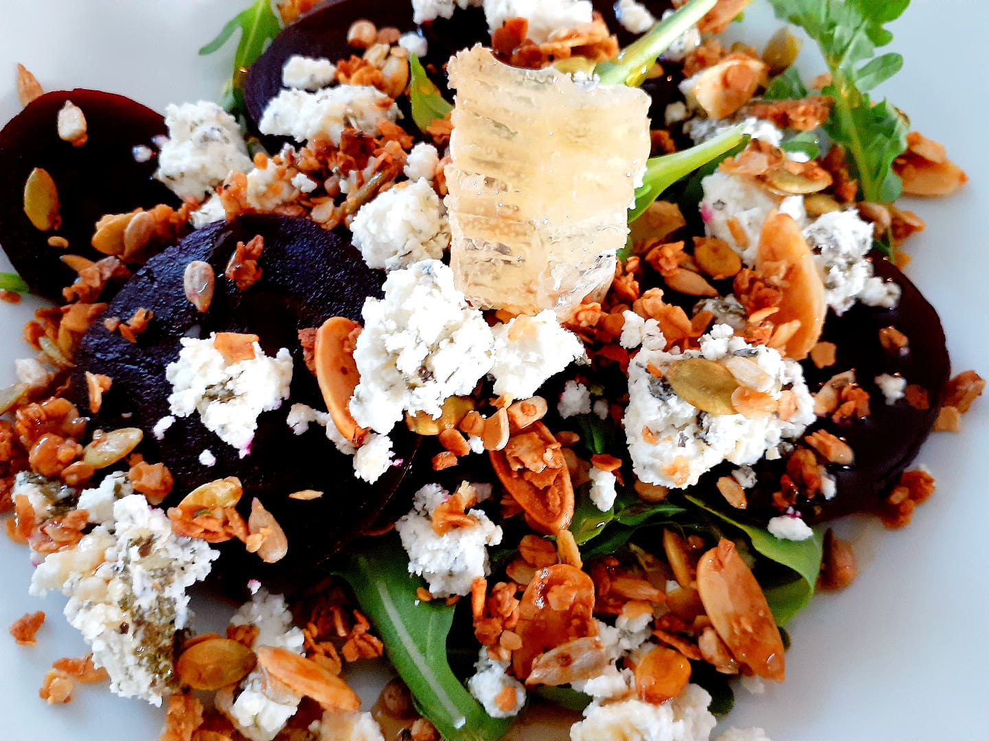 Beet, Goat cheese and Honey Salad – GF