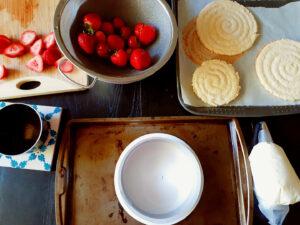 Fraisier cake prep