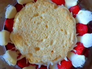 Assembling a fraisier